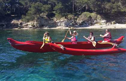 LOCATION D'UNE PIROGUE POLYNESIENNE - CANNES - Mourre Rouge